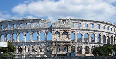 Het amfitheater van Pula