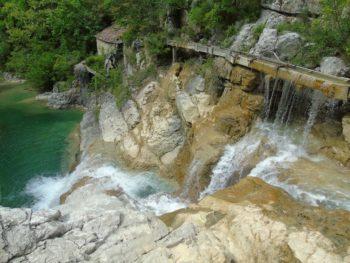 De waterval van Kotli