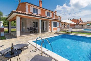 Vakantiehuis Pula met prive zwembad